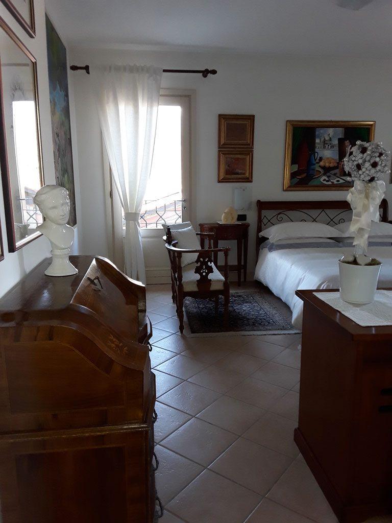 Camera da vinci locanda bellavista cavaso del tomba treviso - Camera matrimoniale romantica ...